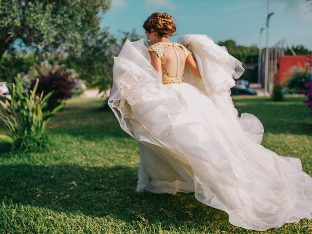 Vestidos de novia con tul: ¡enamórate del perfecto para ti!
