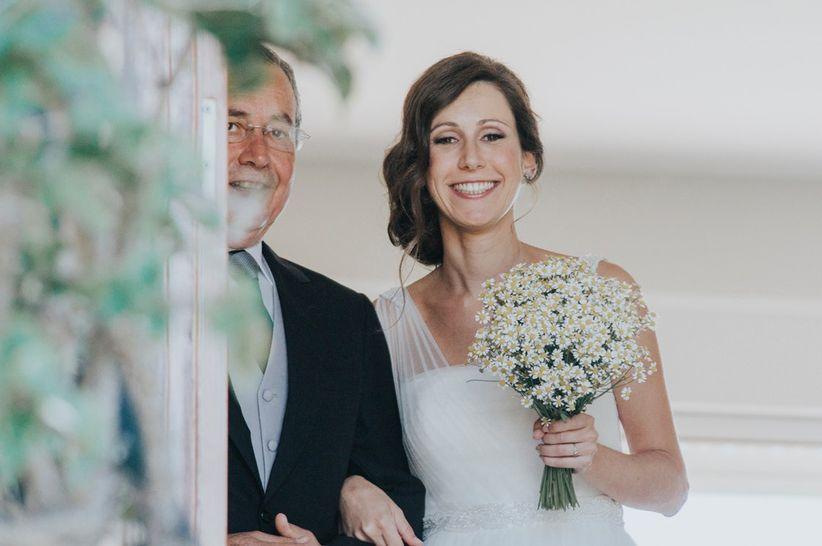 Cómo debe vestir el padrino de boda  2b5f4970dc1