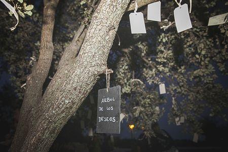 Pon un �rbol de deseos en tu boda