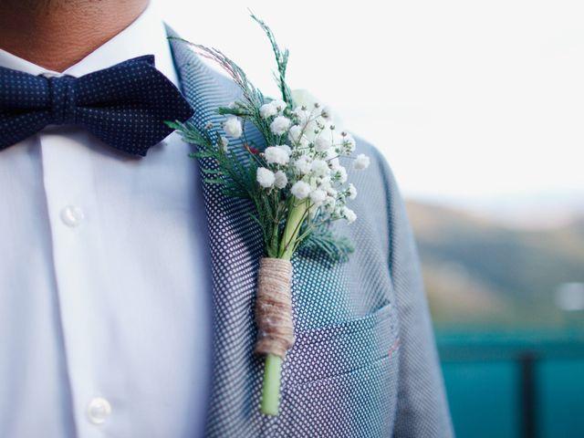 ¿Qué son los prendidos o boutonnières para el novio?