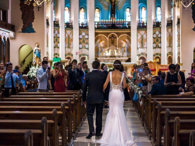 ¿Cuál debe ser el orden de entrada a la iglesia?