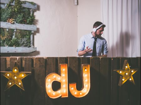 5 consejos para escoger el DJ ideal para tu boda