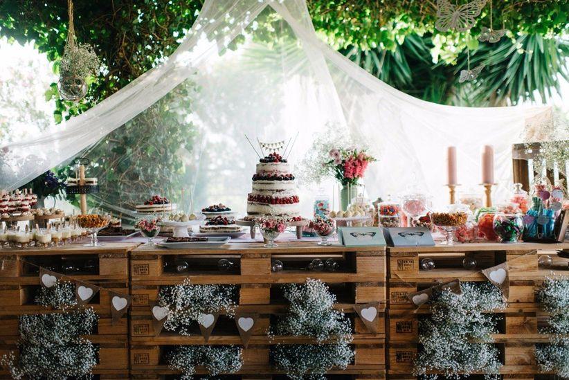 C mo montar una mesa de dulces en vuestra boda for Como montar una mesa