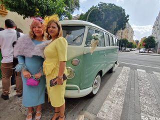 Wedding Bus 4
