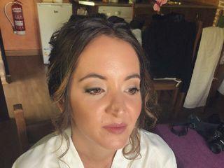 Benila Makeup&hair 2