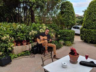 Miguel Moreno - Guitarrista 4