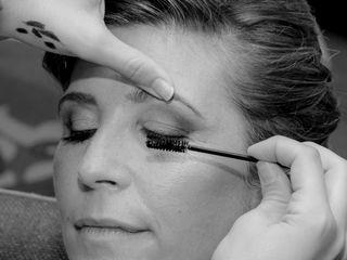 Eleca Makeup 4