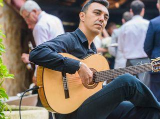 Miguel Moreno - Guitarrista 5