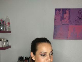 Victoria Arráez Maquilladora Profesional 1