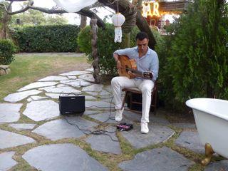 Miguel Moreno - Guitarrista 1