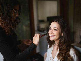 Harmony Makeup Studio 4