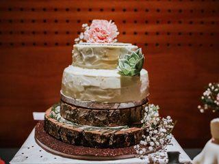 Victoria's Cakes 1