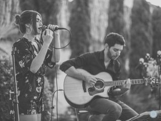 Acoustic Moments 2