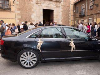 Felix - Audi A8 negro 1