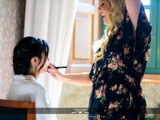 Sh Make-Up Studio 4