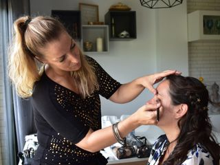 Make-Up Art Studio 1
