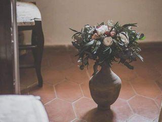 Sira Mae Atelier de Flores 2