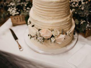 Cream & Cake 6