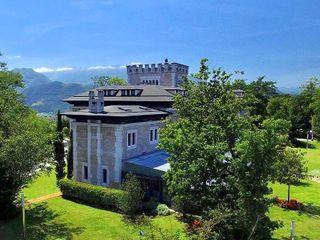 Castillo del Bosque La Zoreda 1