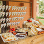 La boda de Cesar Ortiz y Vintia Catering 10