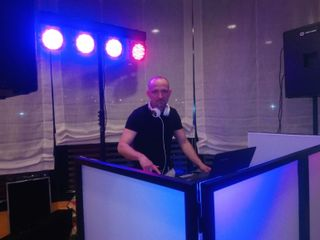 Discomòbil Giró - DJ Albert Giró 1