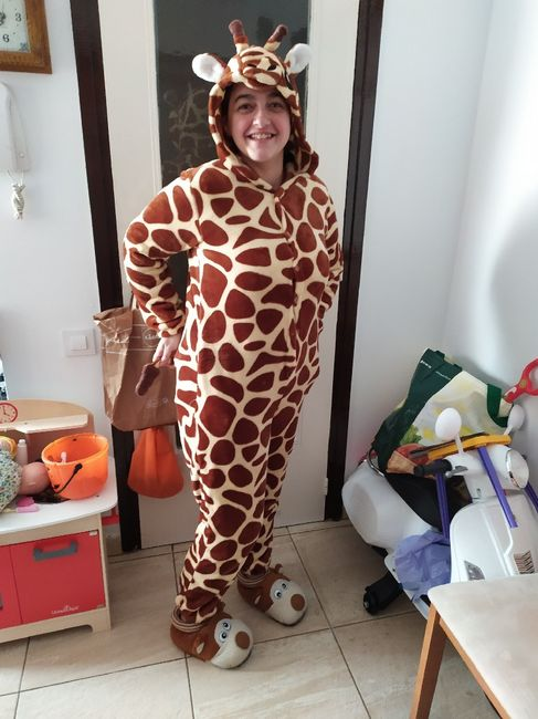 La cuarentena de Laura: ¡Únete a nuestro RETO del pijama! 🎉 - 1