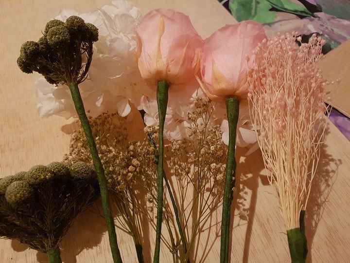 Flores alambradas