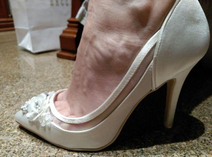 Loca con mis preciosos zapatos! - 1