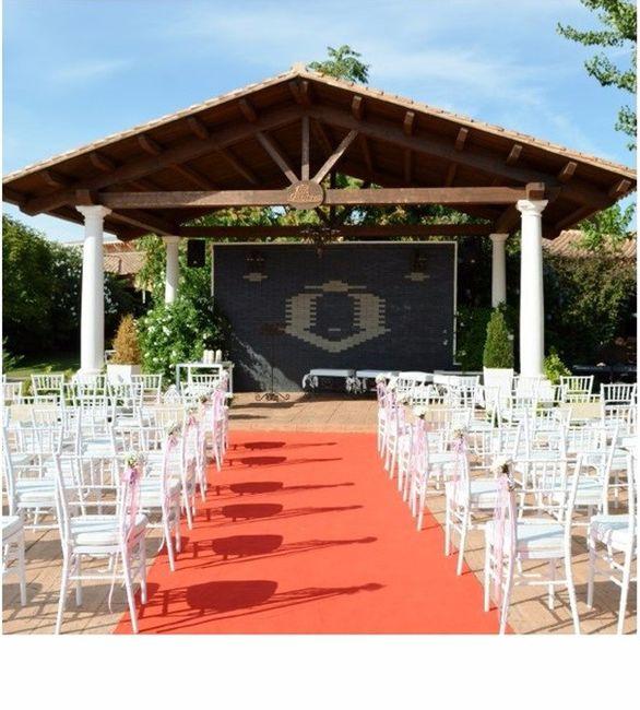 Alguien se ha casado en el jardin Eros en los Pucheros 1
