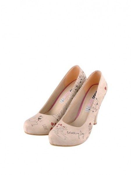 La-marca-de-realizaci%C3%B3n-de-impresiones-sobre-el-calzado-DOGO-abre-su- primera-tienda-en-Espa%C3%B1a e0f546074138d