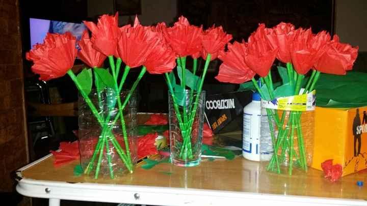 Letras gigantes y flores de papel - 2