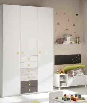 El armario de Yuna :)