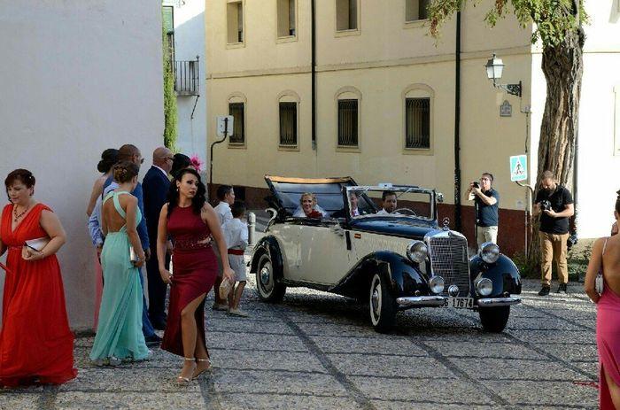 Ayuda a encontrar este coche de boda - 1