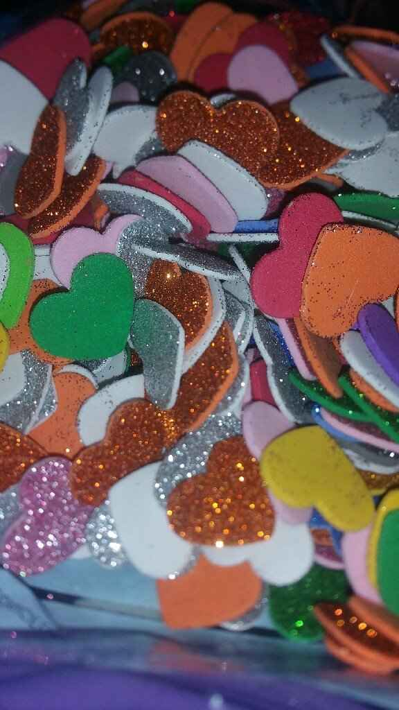 Confeti y flores secas - 1