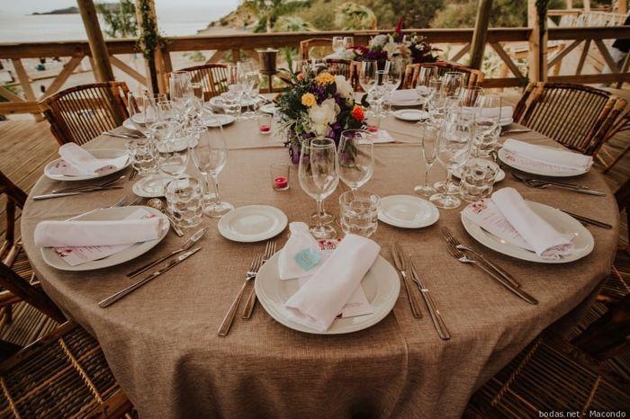 ¡Escoge CENTRO DE MESA para este banquete! 🌸 2