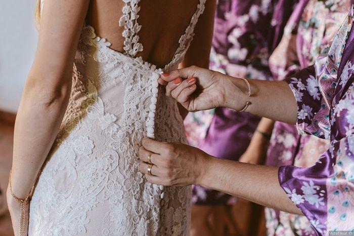 ¿Quién te ayudará a vestirte el día de la boda? 1