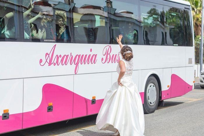 Tus invitados: ¿en coche o en autobús? 2