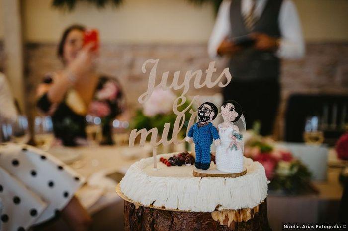 ¿Qué CAKE TOPPER triunfará en tu boda? 2