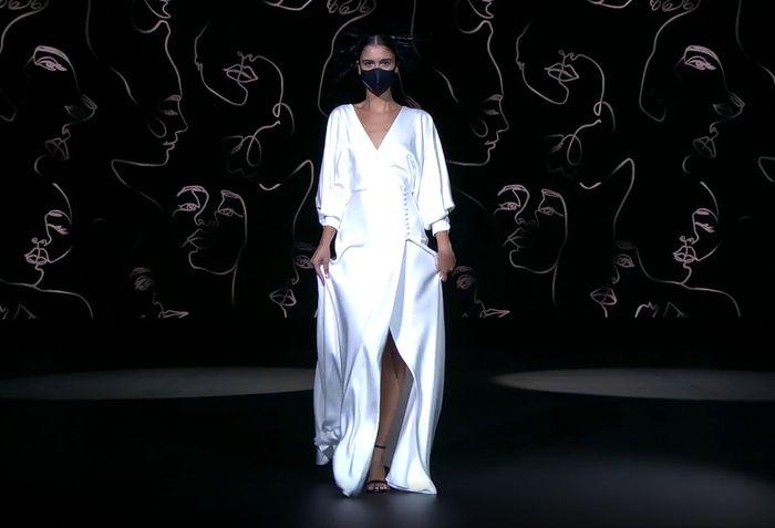 ¡Déjate enamorar por la colección de vestidos de Sophie et Voilà 2021! ❤️️ 5