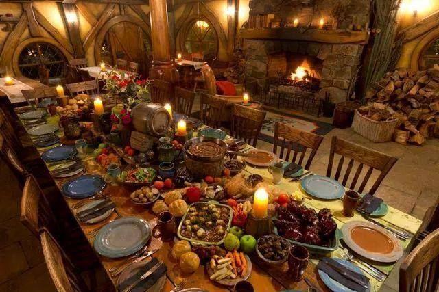 ¿Cuál de estos banquetes contratarías? 4