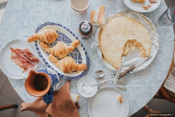 A la mañana siguiente, ¿desayuno en la cama? 😏 1