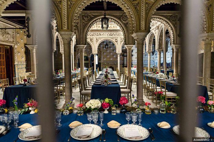 Banquete con toques azules: ¿muy cantoso o acierto? 💙 1