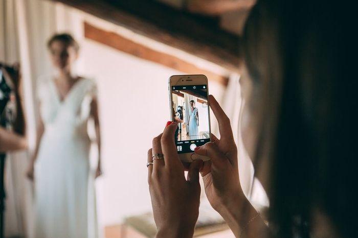 ¿Qué pasará con tu móvil el día de la boda? 😏 1