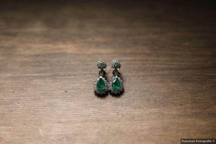 Pendientes de color esmeralda, ¿te los pondrías? 1