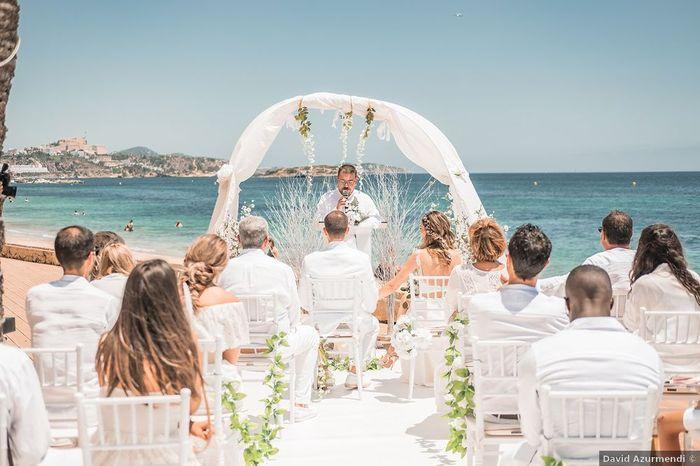 ¿Y si en vuestra boda todxs vais vestidos de blanco? 😮 1