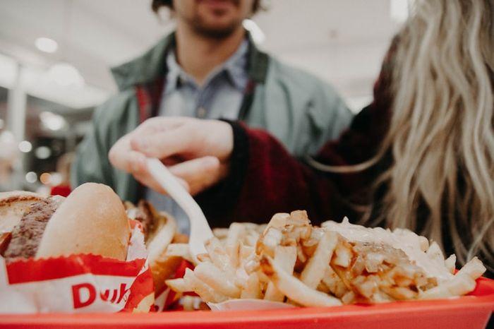 ¿Qué plato nunca compartirías con tu pareja? 2