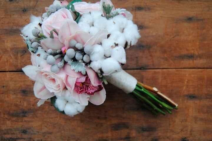 Ramo con flores de algodón: ¿Sí o No? - 1