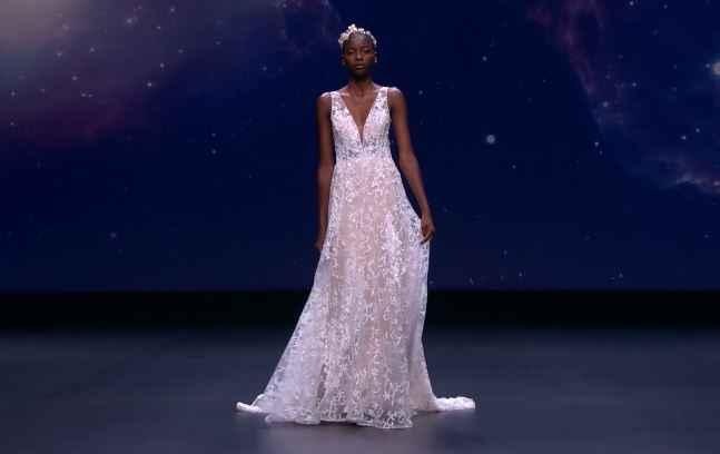 ¡No te pierdas el desfile de Demetrios en la Valmont Barcelona Bridal Fashion Week! - 1
