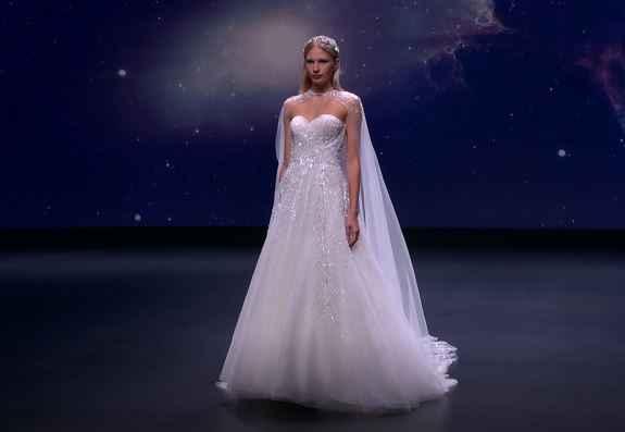 ¡No te pierdas el desfile de Demetrios en la Valmont Barcelona Bridal Fashion Week! - 2