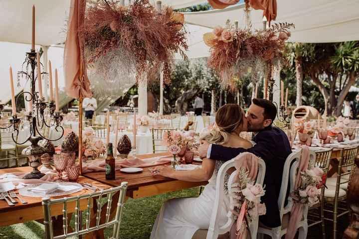 ¿Estará presente en vuestra boda el color rosa? 🌸 - 1